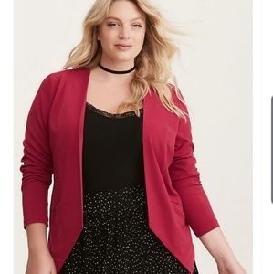 Torrid crepe cut away blazer beet red size 3 plus